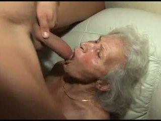 Đập các granny's tóc rậm âm hộ