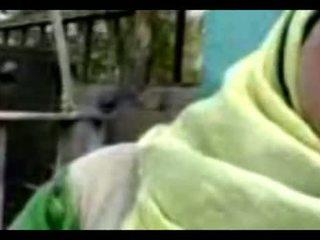 Hijab veřejné fellation