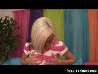 Blondine schoolmeisje mobile neuken video's