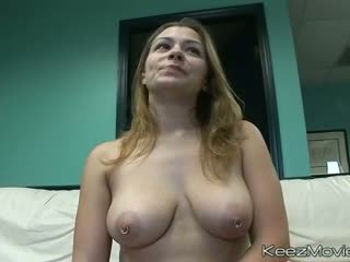 11-CURVACEOUS COUGARS - Scene 1 - DreamGirls