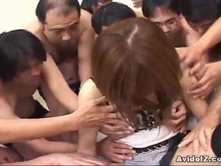 Японська краля touched по багато men uncensored