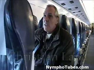 Bionda stewardesses colpo guys - nymphotubes.com