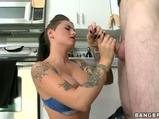 Christy mack handjob