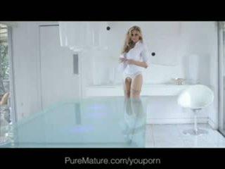 Julia ann - puremature anal loving mamuśka gets fantasy filled