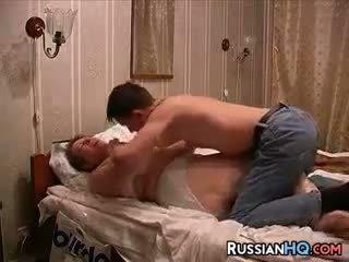 Rusiškas pora padaryti a seksas tape