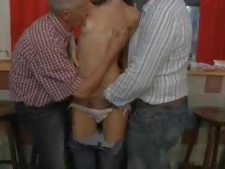 Alt Mann Seduced Teen Groß Titten