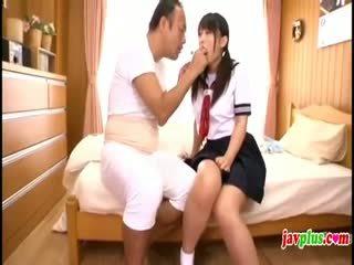 Jepang innocent murid wedok seduced by old elek oom