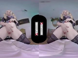 chatte rasée, pipe, cosplay