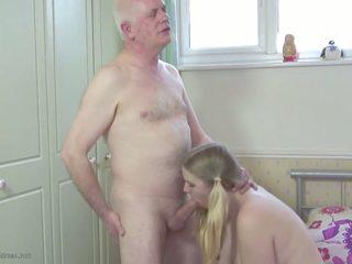 Otecko s stepdaughter: dcéra hd porno video 2d