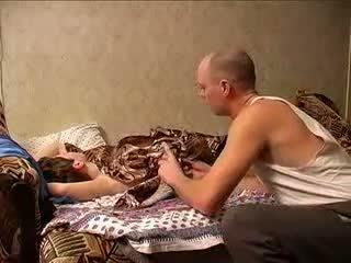 Mature mère et papa sexing (amateur milf )