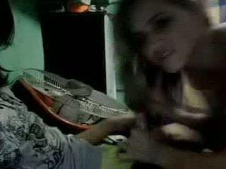 Den flicka och den clownen på webkamera