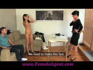 Femaleagent jealous casting won't partilhar dela fiance