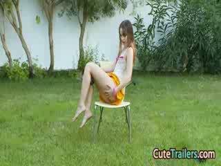 Masturbation и пипане с пръсти в на grass