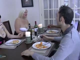 Agedlove vieille potelée lacey étoile met son friends: porno d9