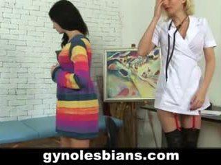 Lezbike gynecologist seducing i durueshëm