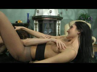 Cora agatha lezzy hose hareket