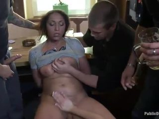 Fransk jente fastbundet og double penetrated