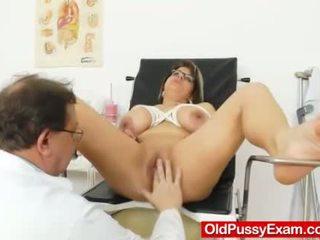 Huge natural melon size tits at obgyn doc