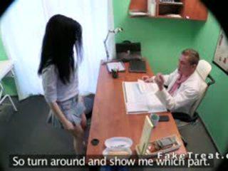 捷克语 petient 性交 在 fake 医院
