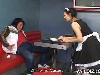 Maria ozawa erotisch kiss in valet uniform