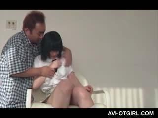 Japans school- meisje turned in seks pop gets haar heet tieten