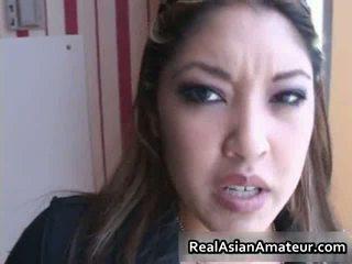 Aasialaiset beauty sucks bigcock sisään a airport