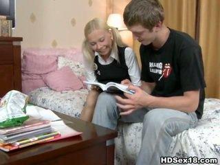 Jovem hardcore jovem grávida porno filmes