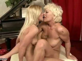 Hot And Sexy Teen Girl Lesbian Sex Vid...