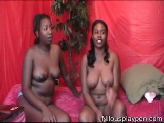 Nilou Achtland & newbie MsAquafinuh's (Naked Webcams Show)