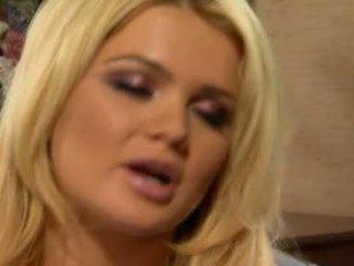 cô gái tóc vàng, blowjob hành động, cock sucking