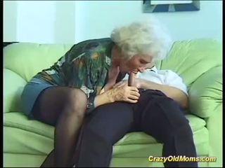 Krūtainas māte needs a stiprs dzimumloceklis